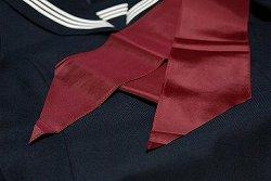 セーラー服のスカーフ・パータイ