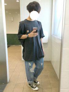 ビック黒Tシャツとデニムの夏にぴったり楽ちんメンズコーデ