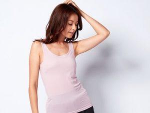 インナーを目立たないようにしたい場合は、肌の色に近いベージュ系や灰色がかったピンク色、モカブラウンなどのをチョイスして