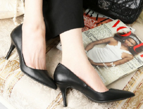 black-pumps-coordinate-spring