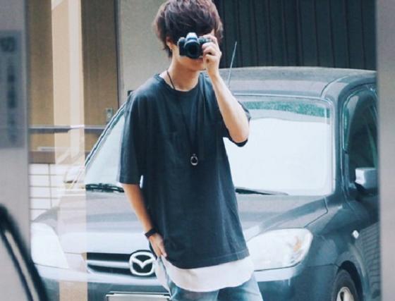 black-tshirt-coordination-men-summer