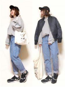 ブラックMA,1とスウェットのカジュアルラフな女子高生ファッション!