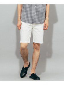 White short pants [SENSE OF PLACE (sense of place)]